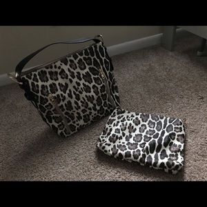 New with tags super cute purse with make up bag